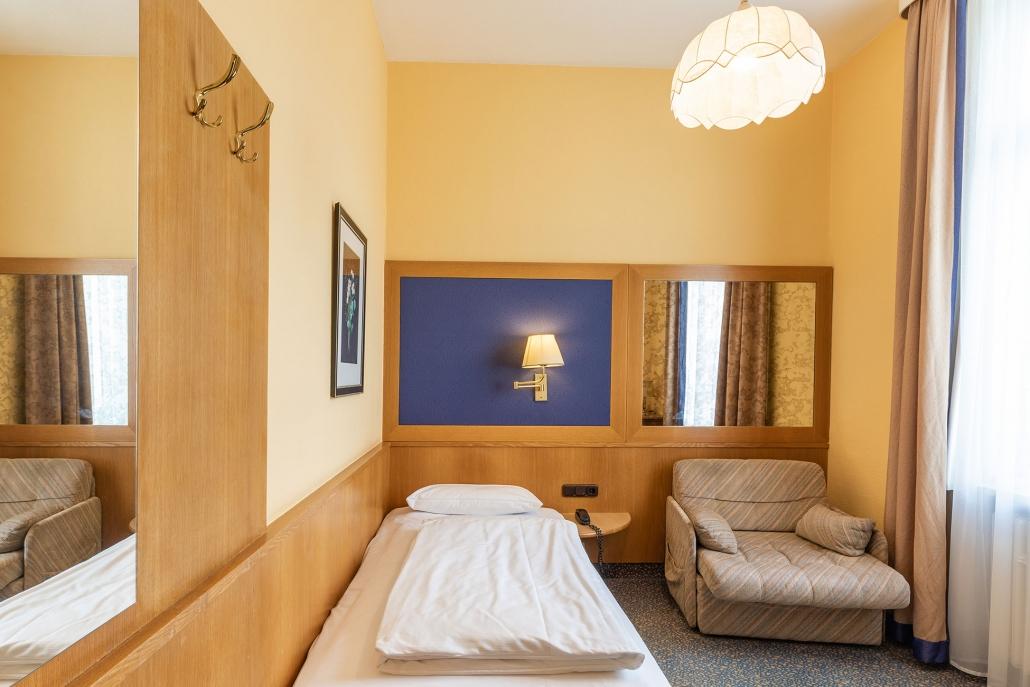 Einzelzimmer Hotel Uhland München