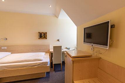 Einzelzimmer Hotel Uhland